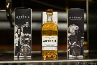 Artesia : une femme à l'alambic !